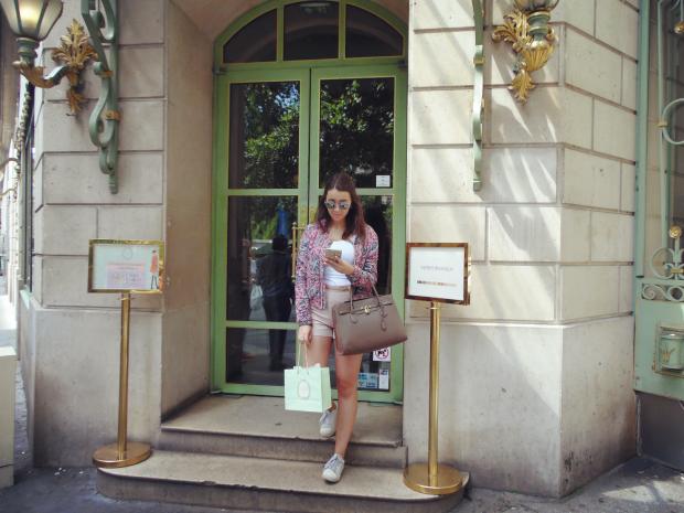 Ladurée pink outfit.png