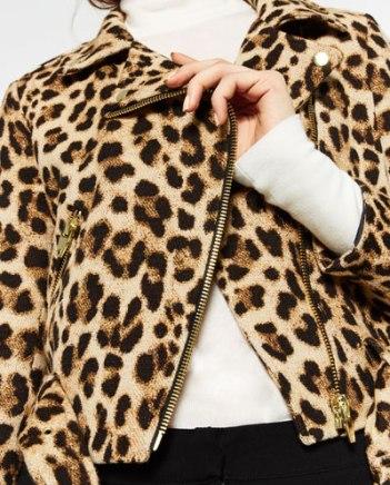 http://www.zara.com/fr/fr/femme/manteaux/tout-voir/blouson-imprimé-animalier-c733882p3929018.html