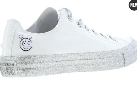 https://www.footlocker.fr/fr/p/converse-x-miley-cyrus-chuck-taylor-all-star-femme-chaussures-64047?v=315552939902